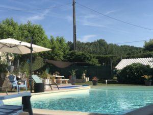 Belle piscine à Sallebœuf