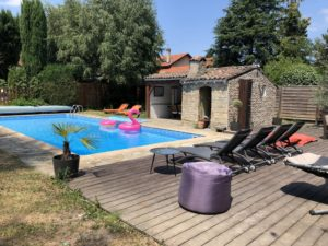 Belle piscine à Oullins