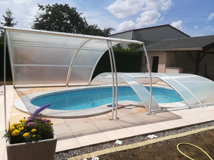 Belle piscine à Frignicourt