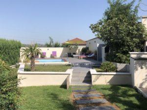 Belle piscine à Ternay