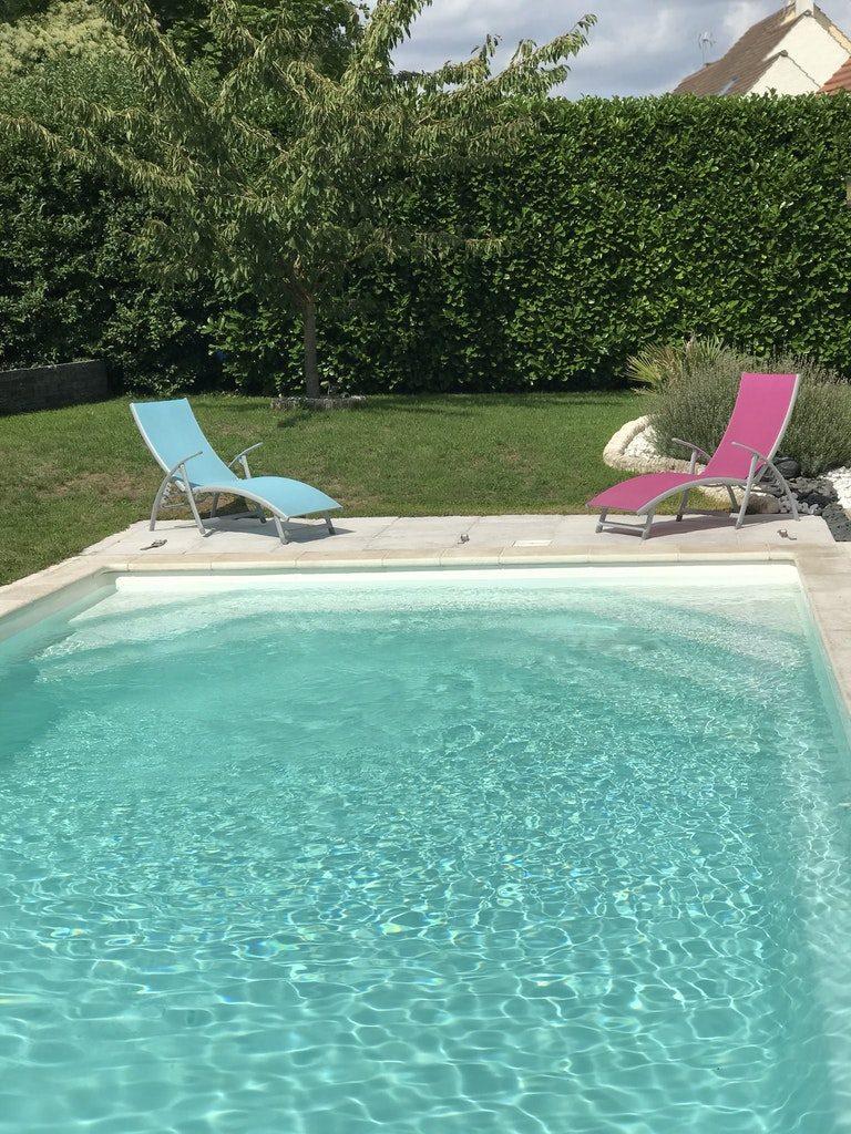 Belle piscine à La Chapelle-en-Serval